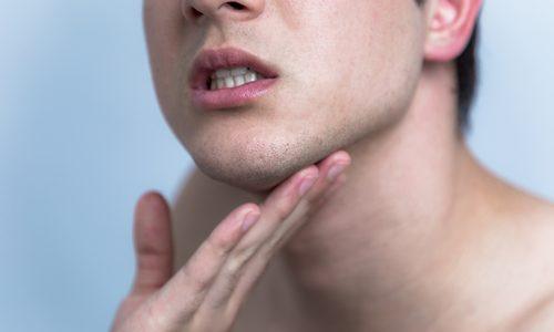 髭剃り後の肌荒れを予防する方法とは?正しい髭剃りの手順も大公開
