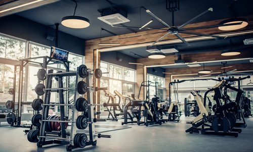 クロストレーナーの効果的な使い方を徹底解説|高負荷の全身運動で最強に効率の良いダイエット!