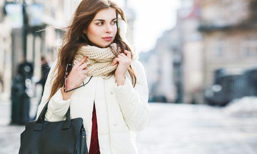 プレゼントにおすすめのレディースブランドマフラーランキング12選|女性の年齢別必ず喜ばれる人気アイテム
