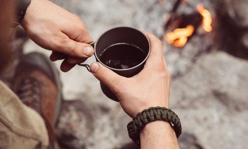 キャンプで愉しむコーヒー!必要な道具セットおすすめ19選|最高に美味しい入れ方も解説