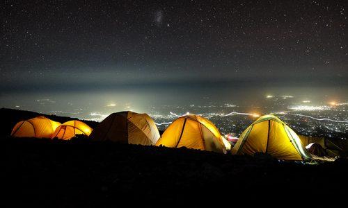 迷ったらココ!おすすめキャンプ場13選|初心者や子連れ向け・絶景や温泉で人気のスポットを紹介